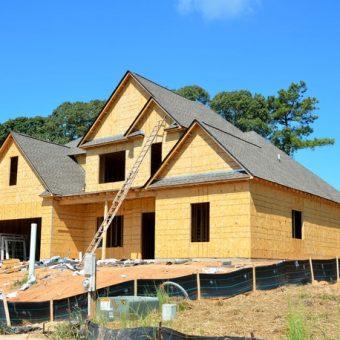 Dom murowany czy drewniany – jaki wybrać.